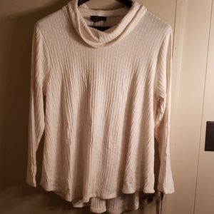 Cream/white sweater New with Tags